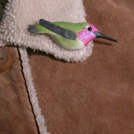 "Anna's Hummingbird Feather Pin (Male) 3½""L"