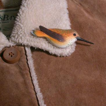 "Rufous Hummingbird Feather Pin (Female) 3½""L"