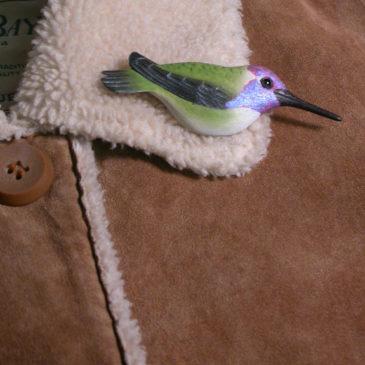 "Costa's Hummingbird Feather Pin (Male) 3½""L"